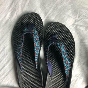 Chaco flip flops